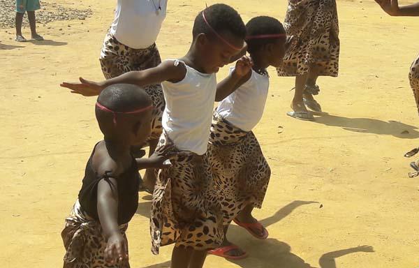 Dancing children Rwanda